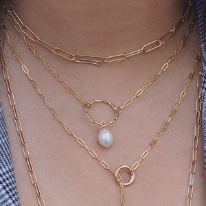 Jewelry - Real Fresh Water Pearl on Dainty Chain